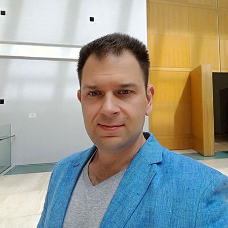 Евгений Холин